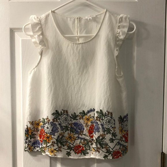 White Floral Blouse / Size Small